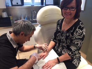 The Cosmetic Surgery Clinic Waterloo ON - Hand rejuvenation treatment with Beauty Nurse® Majid